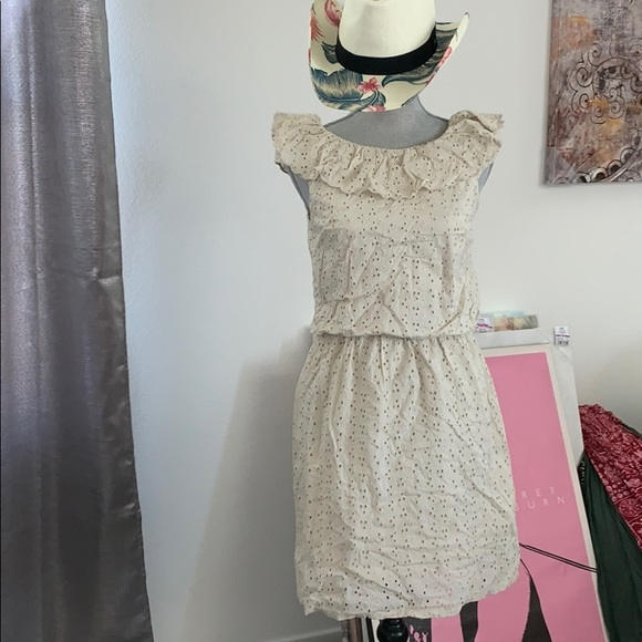 Jessica Simpson cute summer dress
